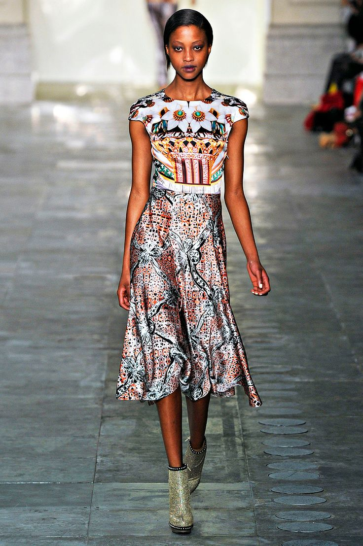 Mary Katrantzou Fall 2011 RTW - Runway Photos - Vogue