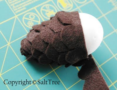 Felt Pinecone Tutorial - using foam eggs or leftover plastic Easter eggs... add some glitter & make into ornaments