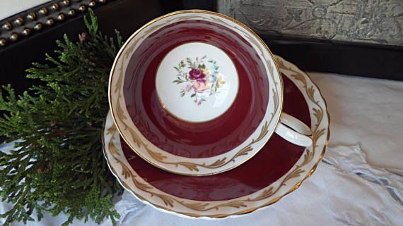 Vintage Susie Cooper Teacup and Saucer Burgundy with Gold