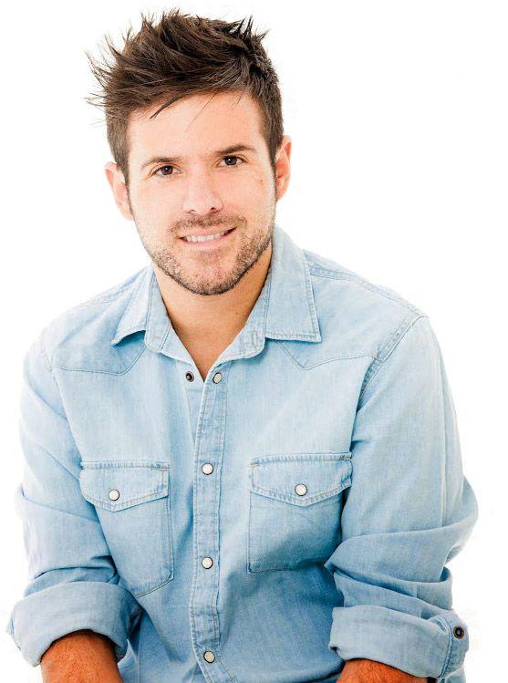 Pablo José López Jiménez (Málaga, España, 11 de marzo de 1984) es un cantante y músico español. Su género musical es pop melódico. Se dio a...