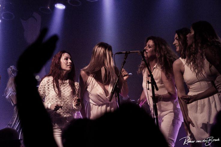 Stefanie Breur, Jolijn van de Pol, Mirjam van Deventer, Nina Uvez, Shanice Esmee Aponno - Hot Leggs Tina Turner Tribute band