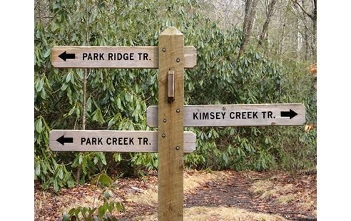 Go the right way with the Timbertex wooden sign posting system http://www.spec-net.com.au/press/1109/wwd_111109.htm #timber #signage #park #bush #woodensign
