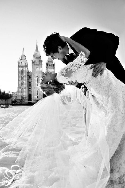 A stunning wedding photo you can have.