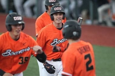Oregon State baseball advances to super regionals after drilling Yale on second consecutive night