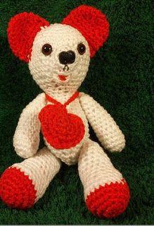 Horgolt Bolt: Maci Valentin 20 cm