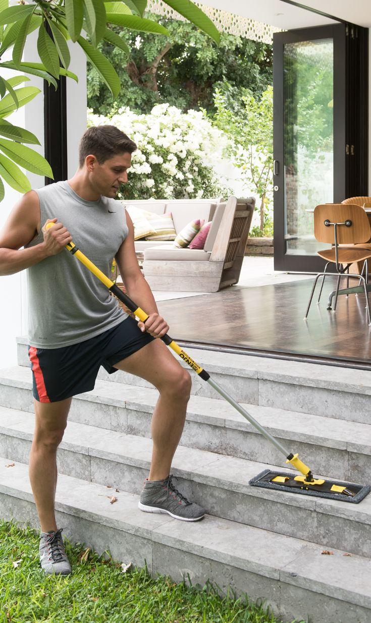 Designed to clean extremely dirty or textured, uneven surfaces outside the home, when used with the ENJO Floorcleaner, the Outdoor Floor Fibre tackles dirt on hard floor surfaces including limestone and brick paving, wood decking, concrete and more!