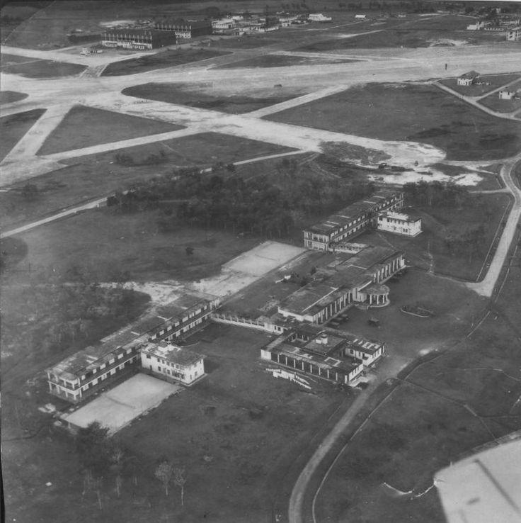 RAF Tengah.jpg (882×885)