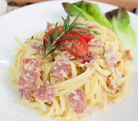 Resep Spaghetti Salmon Carbonara Oleh Amee Kwee Resep Resep Makanan Bayi Makanan Resep Makanan