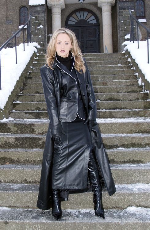 Long Leather Coat Mistresses | Leather Trench Coats | Pinterest ...