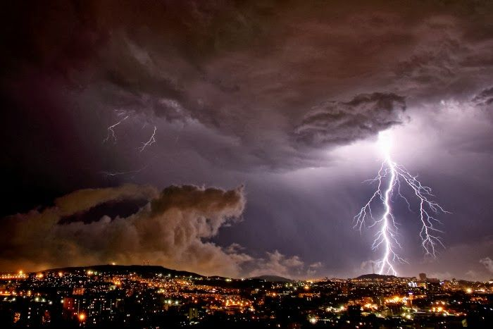 1000 images about thunder and lightning on pinterest - Paris weather 10 day forecast met office ...
