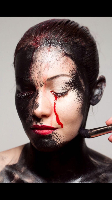 Backstage Makeup: Inu Barreto Ph: Santiago Rodríguez del Pozo