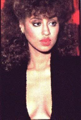Phyllis Hyman, one of the greatest vocalists.