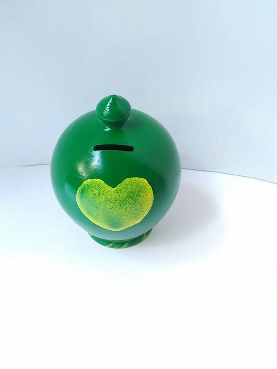Coin box, green yellow heart, ceramic money jar, pottery piggy bank, original gift for college student graduation, penny fund jar euro clay https://www.etsy.com/it/listing/519590370/salvadanaio-fatto-a-mano-al-tornio