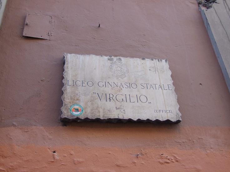 uno de los mas antiguos y acreditados colegios secundarios de roma