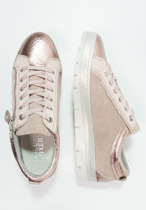 Das wird der perfekte Schuh zu deinen Lieblingsjeans. Bullboxer Sneaker low - rose für 71,95 € (29.12.16) versandkostenfrei bei Zalando bestellen.