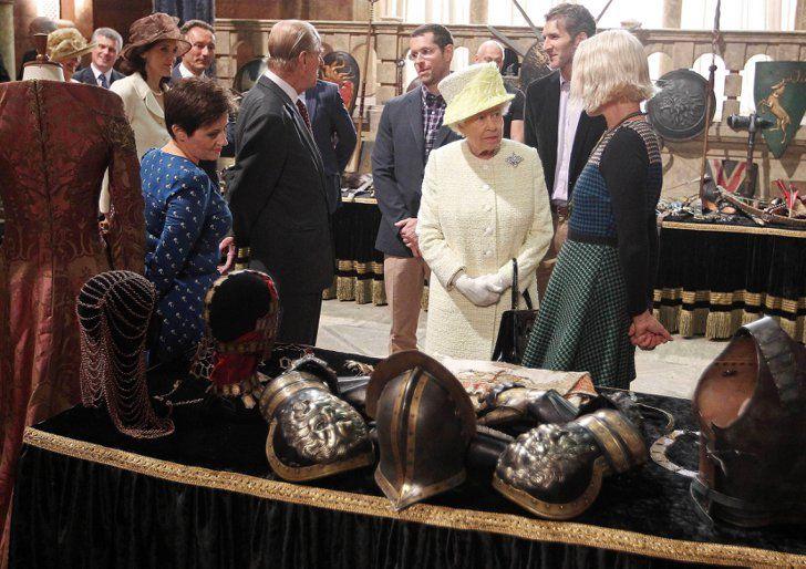 Pin for Later: Jon Snow et Cersei Lannister ont rencontré la reine d'Angleterre !