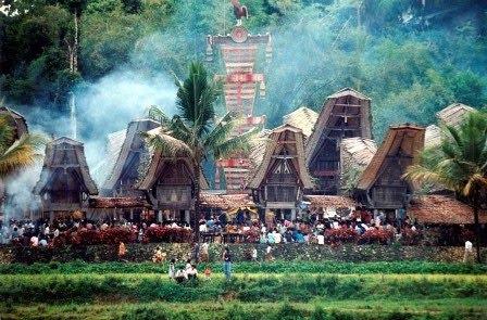 Tongkonan, Tana Toraja