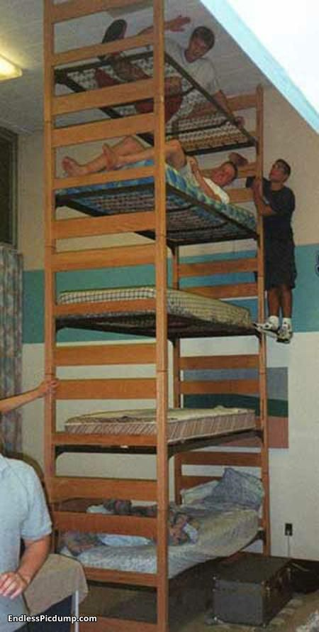Extreme bunk bed endless picdump imagination pinterest for Bunk bed and bang