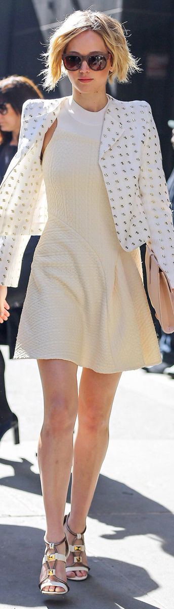 Jennifer Lawrence   Chloe. So in love with her. Perfect Street style High Fashion. Cute ootd