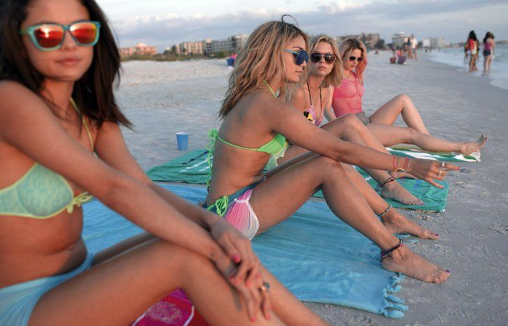 Pin for Later: The Ultimate Bikini Movie Gallery Vanessa Hudgens, Selena Gomez, Ashley Benson, and Rachel Korine in Spring Breakers It's a bikini-and-sunglasses uniform for the girls' trip to the beach.