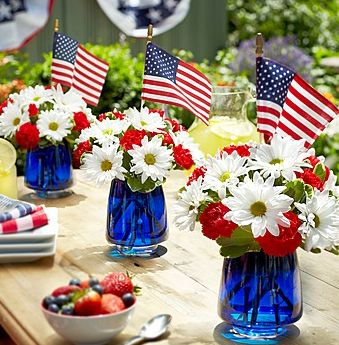 Brighten up your 4th of July BBQ with these beautiful decorations from 1-800-FLOWERS and save 15% off all orders!