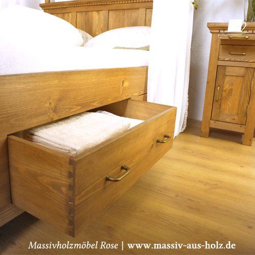 Natürliche Holzbetten für natürliche Menschen; www.massiv-aus-holz.de   #Holz #Home #wood #Schlafzimmer #Massivholzmöbel #Country #Countryhome #Countrystil #Landhaus #Landhausmöbel  #Kiefer #massiv