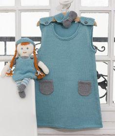 Cette jolie robe et sa poupée assortie au point jersey et au point mousse vont ravir les jeunes mamans et les petites filles qui pourront s'habiller comme leur poupée !