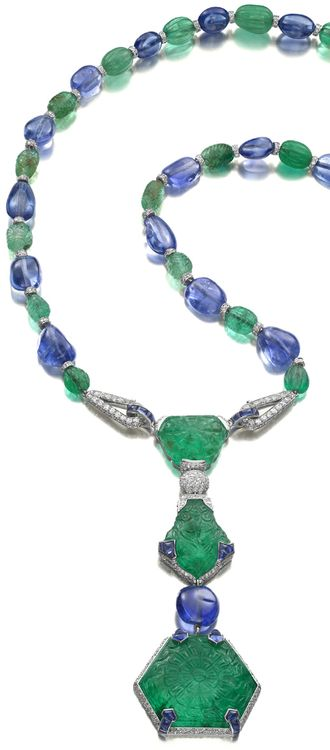 Siegelson Art Deco emerald, sapphire and diamond pendant necklace by Cartier, Paris, 1925. Via The Jewellery Editor.