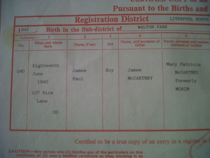 At the Catawiki auctions from tomorrow onwards: Beatles - All 4 certified birth certificates