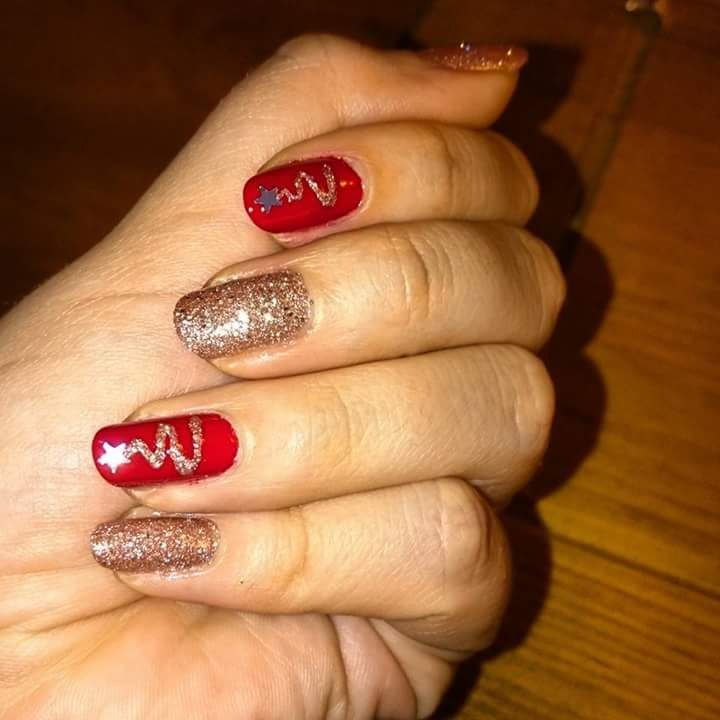Oh Starry Night Christmas Nail Art Idea with Red and Golden Glitter Nail Paint