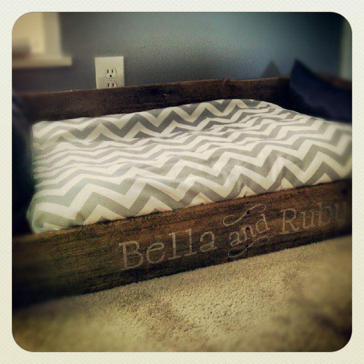 Pallet Dog Bed I Made Love It Bella Amp Ruby Pinterest