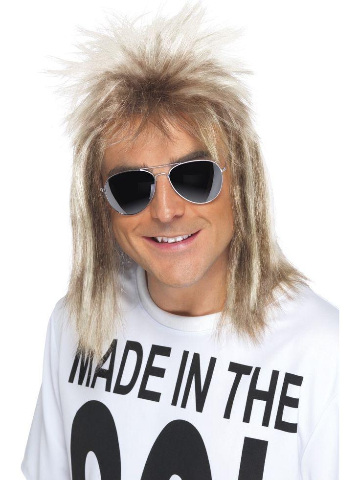 80-luvun takatukka peruukki. Takatukka, eli hiustyyli jossa hiukset ovat edestä ja sivuilta lyhyet ja takaa pitkät, oli erityisen suosittu 80-luvulla.