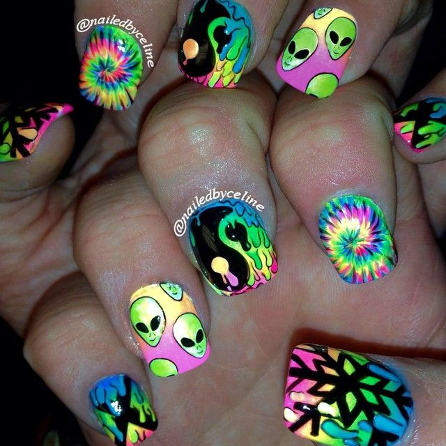"""drippy trippy nails for @gracejohnston_  #nailedbyceline #nailart #NeonNails #riffraff @jodyhighroller"""