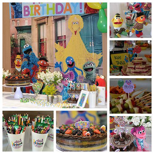 Qual o tema da festa de um ano da Alice?! Vai ser decoração de festa infantil Vila Sésamo. Oi?! Quem? Ah, sei os Muppets, né?! Nãoooooo, não são os Muppets.