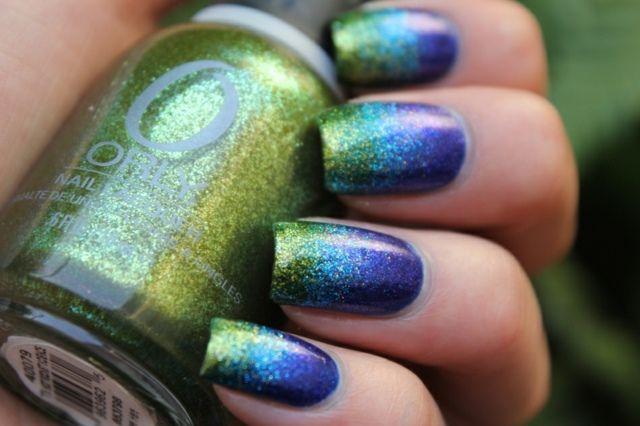 Nageldesign Farbverlauf Glitter Effekt Grün Blau Nagellack