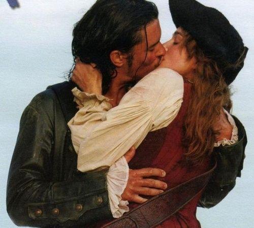 Elizabeth Swann (Keira Knightley) and Will Turner (Orlando Bloom) in POTC: Dead Man's Chest