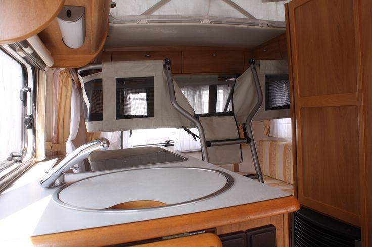 Caravanbed Eriba Touring Triton 430 GT