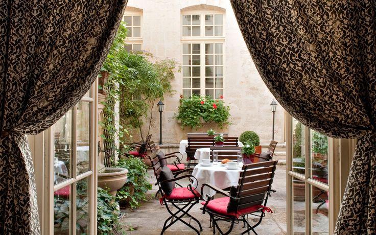 Bars d'hôtels // Hôtel d'Aubussons // Café Laurent