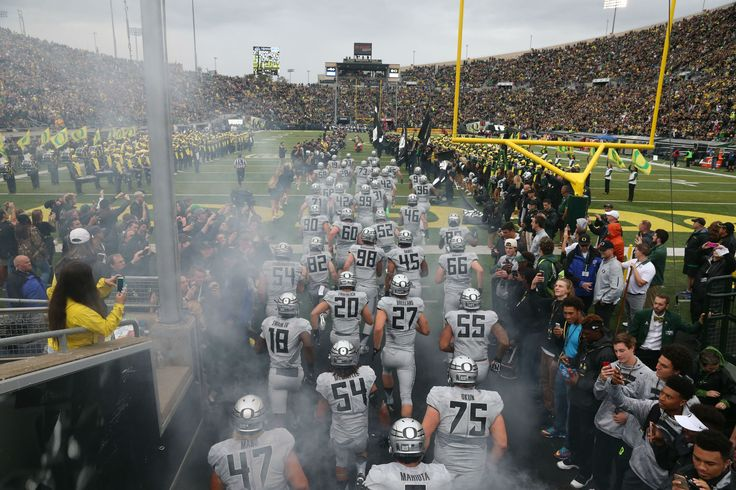 College football is back! http://www.oregonlive.com/ducks/