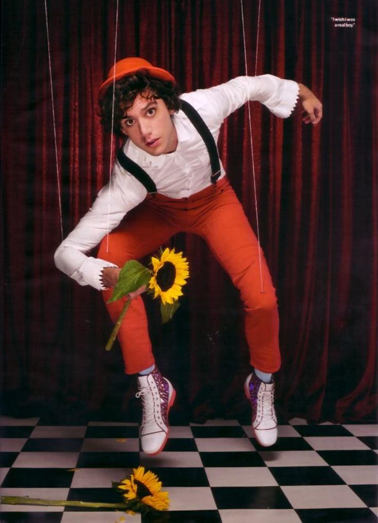 Mika puppet from Heat magazine 2009