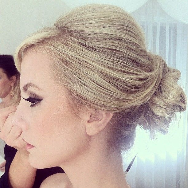 Gorgeous #Wedding Hairstyles (New!). To see more: http://www.modwedding.com/2014/06/11/gorgeous-wedding-hairstyles-2/ Featured Hairstylist: Fiore Beauty;