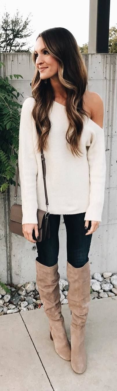 #fall #outfits one-shoulder sweater jeans beige boots