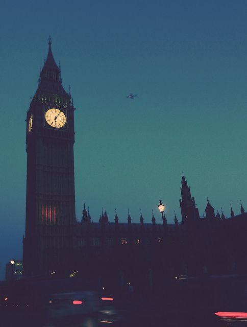London at night.... so beautiful!
