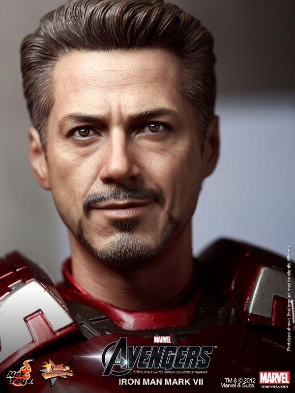 """O Hot Toys de hoje é do """"Homem de Ferro"""". A figura do Homem de.."""