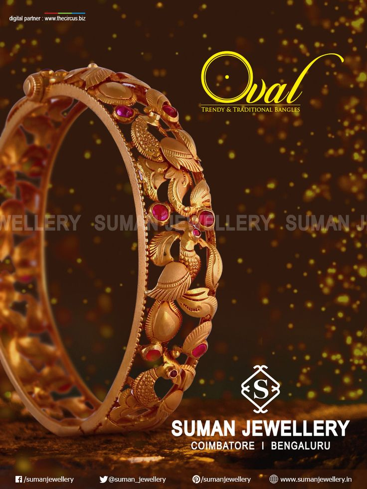 Beautifully crafted gold kada