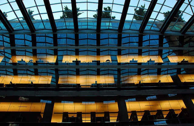 Vancouver Public Library Central Branch by Moshe Safdie