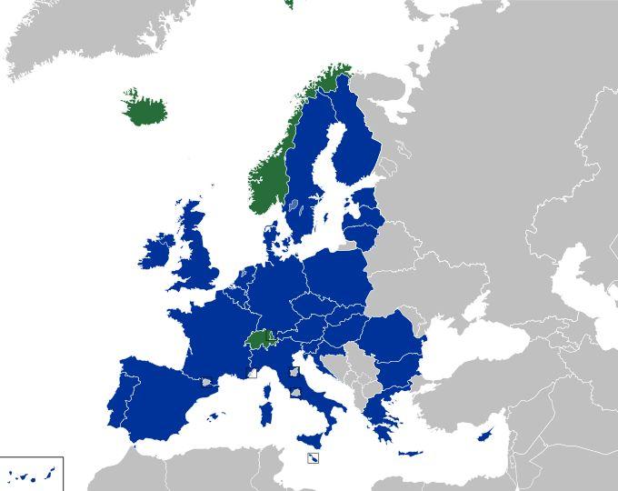La Tessera europea di assicurazione malattia è la tessera sanitaria che permette di avere assistenza sanitaria durante un viaggio all'estero.