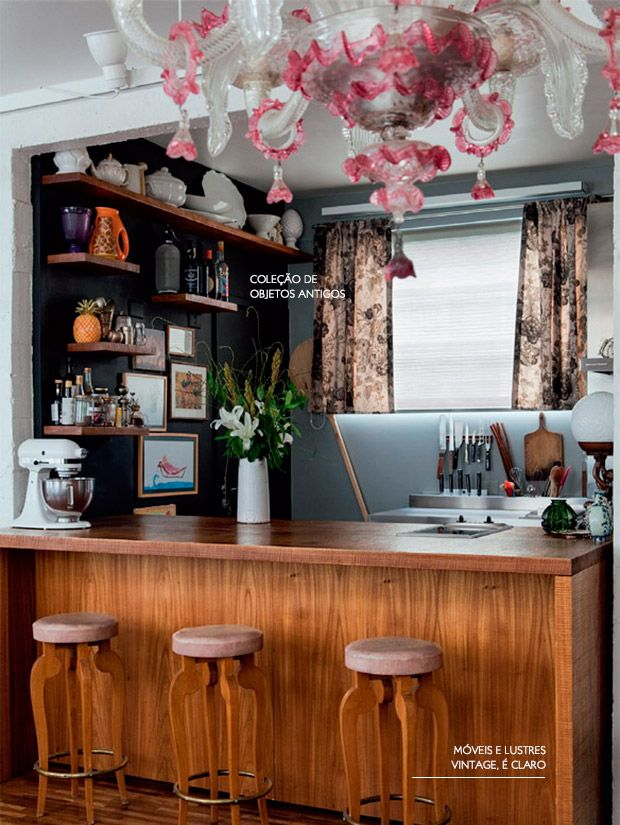 The charm of a vintage kitchen: making it work without the kitsch... that's the goal!