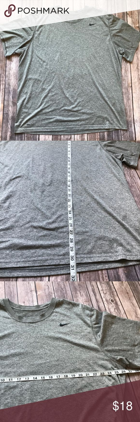 Men's Nike Dri-Fit Gray Athletic T-Shirt XXL Men's great condition gray athletic Nike Dri-Fit t-Shirt 💠 Add to a bundle to get a private discount💠Free Gift with $25+ Purchase 💠 Discount ALWAYS Available on 2+ items💠 No trades, holds, modeling or transactions off of Poshmark.💠 Nike Shirts Tees - Short Sleeve