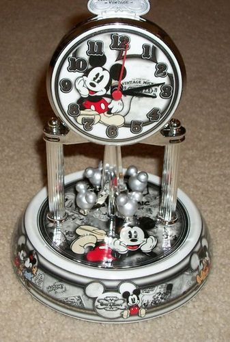 DISNEY MICKEY MOUSE ANNIVERSARY 1928 CLOCK W/GLASS DOME